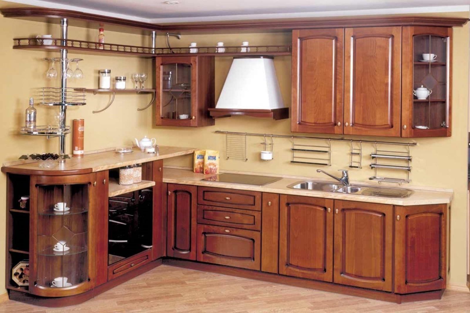 Кухни с фасадом из массива дерева - секрет стиль.