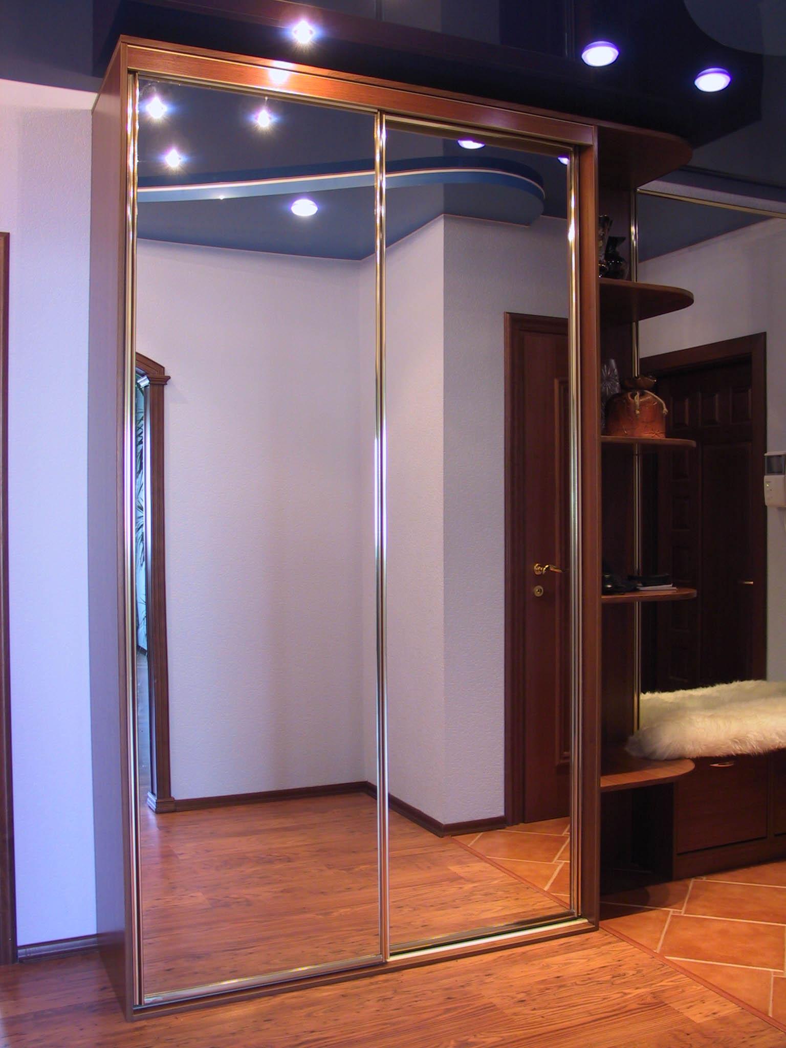 Купить двери купе для шкафов зеркальные недорого в киеве.