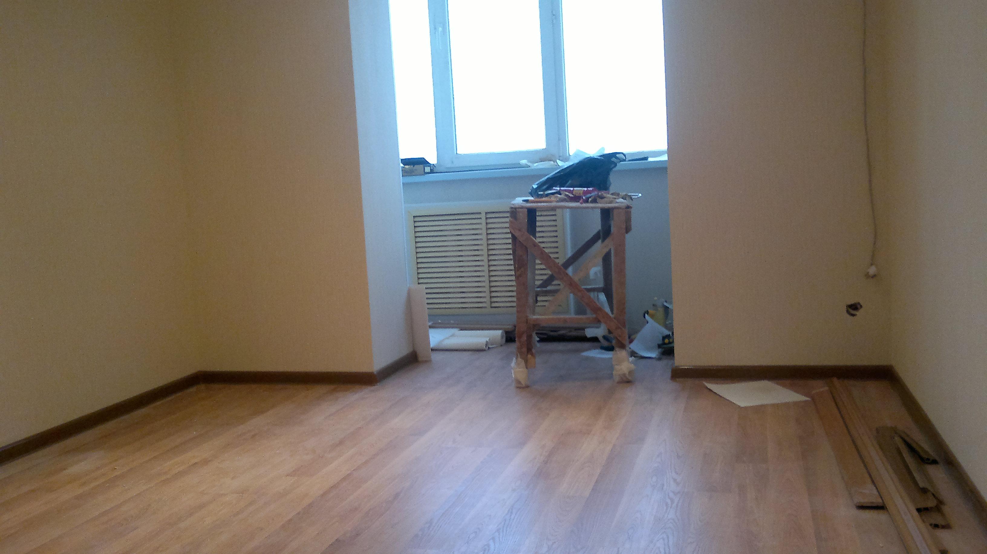 Как выбрать направление ламината в квартире