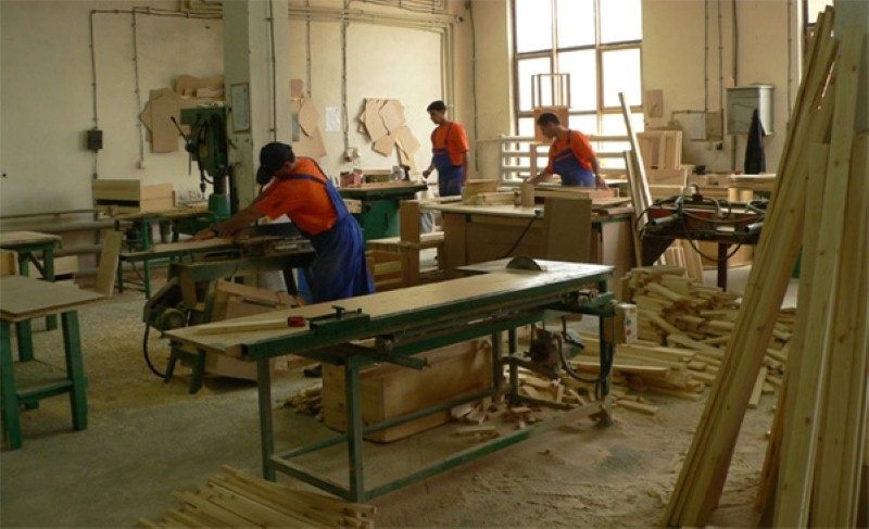 Симакс - производство на мебели.