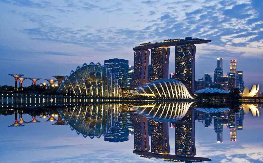 Сады у залива и отель в Сингапуре